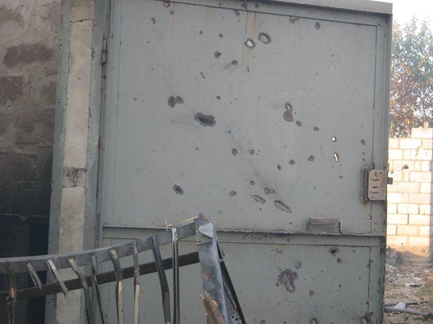 В Мариуполе идет бой: жители Талаковки прячутся в подвалы (ФОТОРЕПОРТАЖ), фото-22
