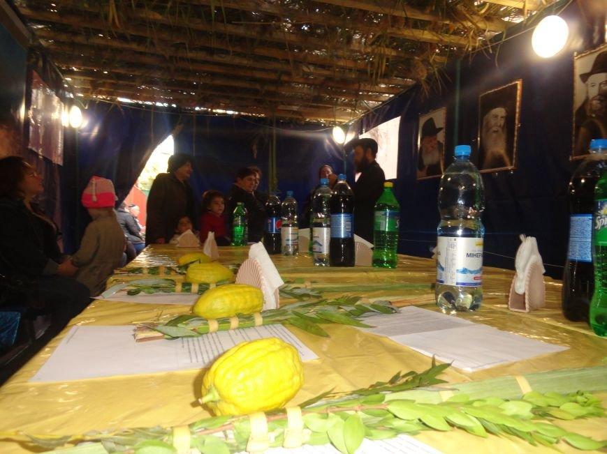 Еврейская община Мариуполя отметила праздник «Радости водочерпания» (ФОТОРЕПОРТАЖ), фото-2