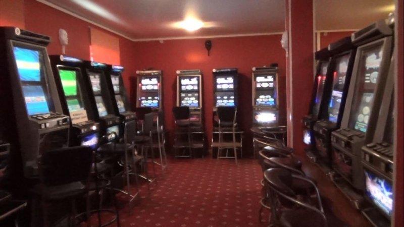В Пушкине обнаружили бордель и зал игровых автоматов (фото) - фото 1