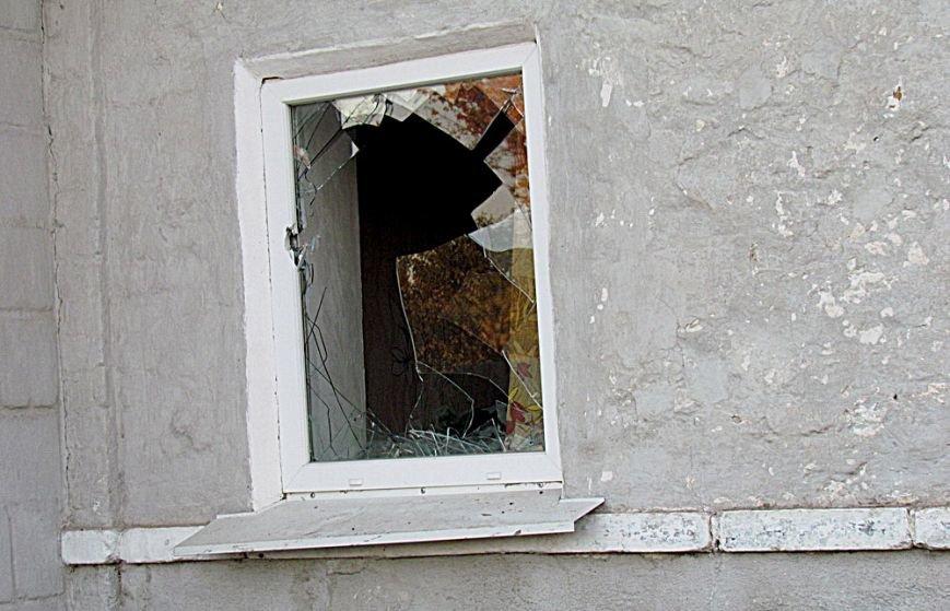 В Мариуполе обстреляли блокпосты в Талаковке и Сартане, попали в похоронную процессию. Есть погибшие (ДОПОЛНЯЕТСЯ+ФОТО+ВИДЕО), фото-17