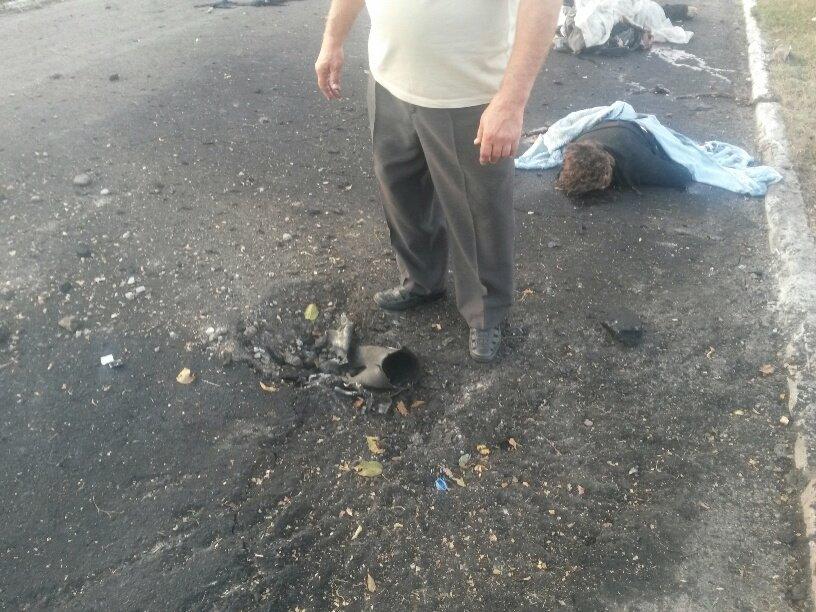 В Мариуполе обстреляли блокпосты в Талаковке и Сартане, попали в похоронную процессию. Есть погибшие (ДОПОЛНЯЕТСЯ+ФОТО+ВИДЕО), фото-2