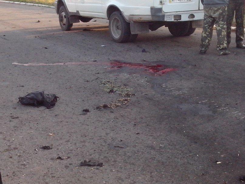 В Мариуполе обстреляли блокпосты в Талаковке и Сартане, попали в похоронную процессию. Есть погибшие (ДОПОЛНЯЕТСЯ+ФОТО+ВИДЕО), фото-5