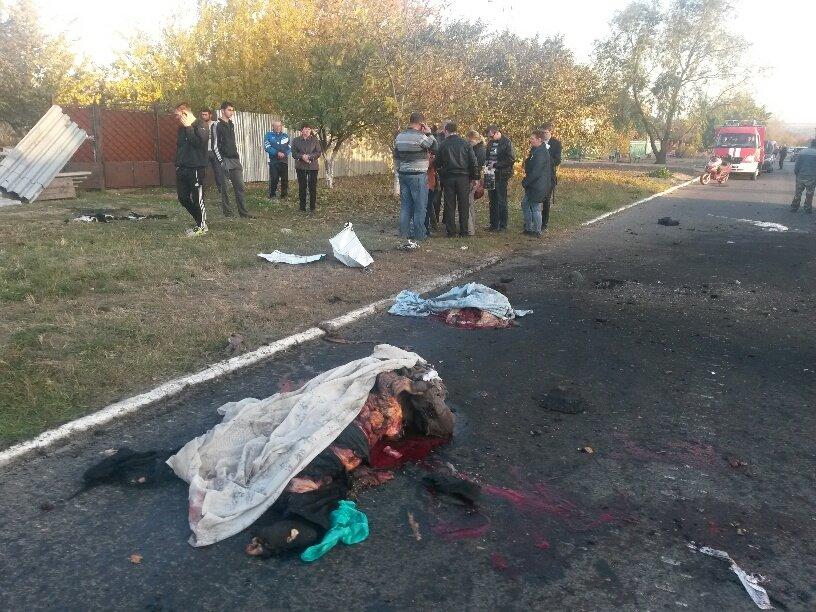 В Мариуполе обстреляли блокпосты в Талаковке и Сартане, попали в похоронную процессию. Есть погибшие (ДОПОЛНЯЕТСЯ+ФОТО+ВИДЕО), фото-1