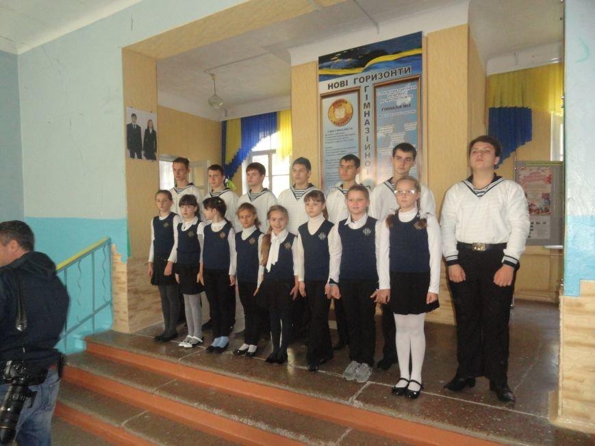 Военнослужащие батальона «Святая Мария» лепили украинские вареники с мариупольскими школьниками (ФОТОРЕПОРТАЖ), фото-4