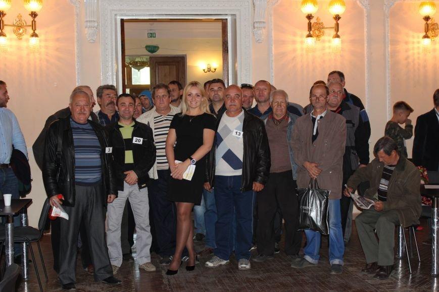 Кандидат в народные депутаты Катерина Шаповалова поздравила победителей турнира по парному домино (ФОТО), фото-4