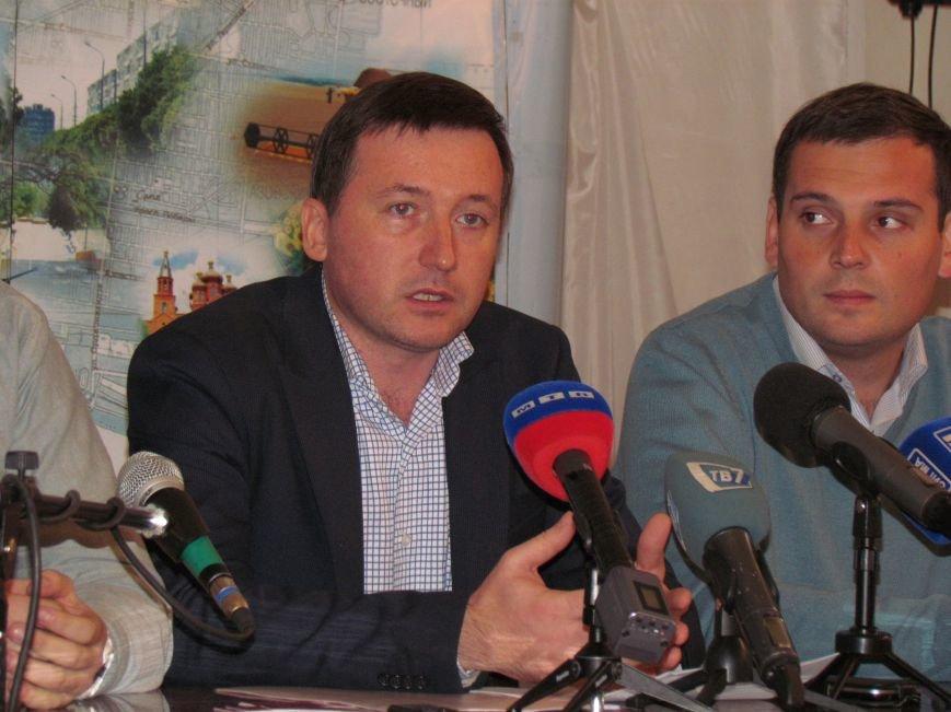 Беженцы из зоны АТО смогут проголосовать в Мариуполе по паспорту (ФОТО), фото-1