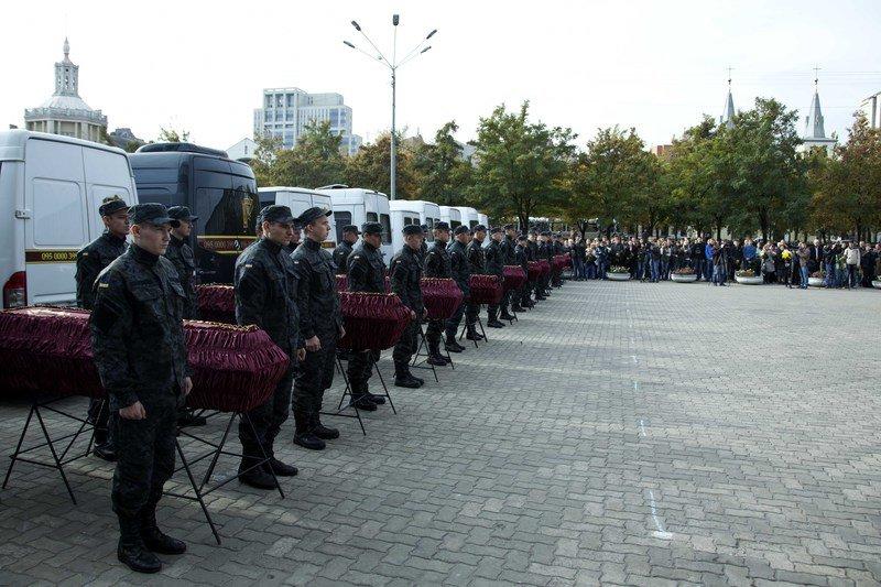 В Днепропетровске похоронили ещё 21 погибшего в зоне АТО, фото-3