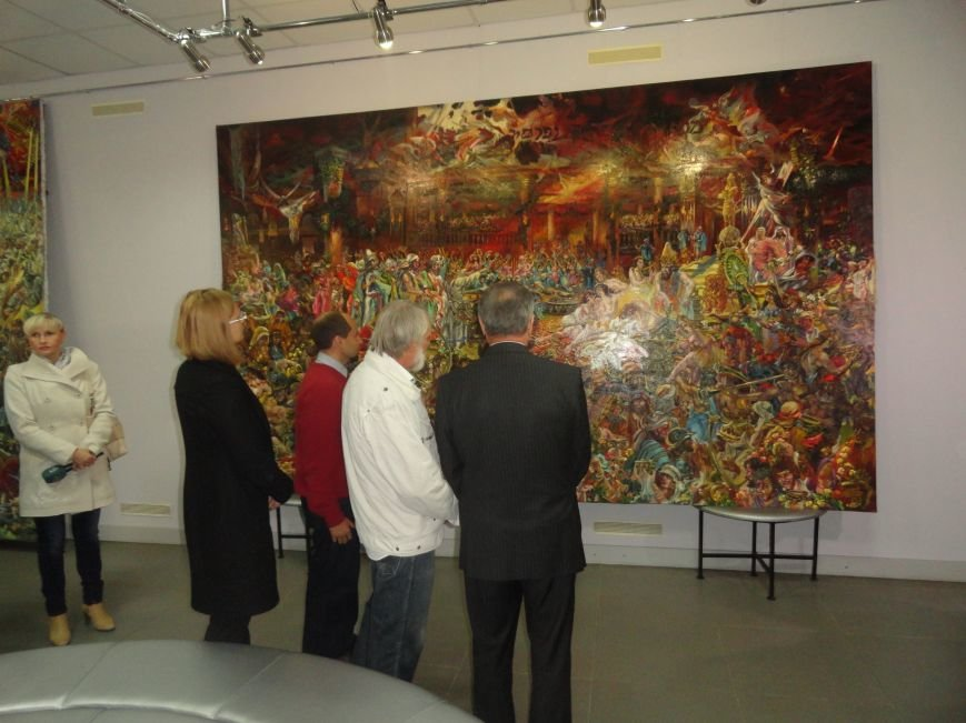 В Мариупольском центре современного искусства выставили картины, спасенные из плена ДНР (ФОТОРЕПОРТАЖ), фото-3