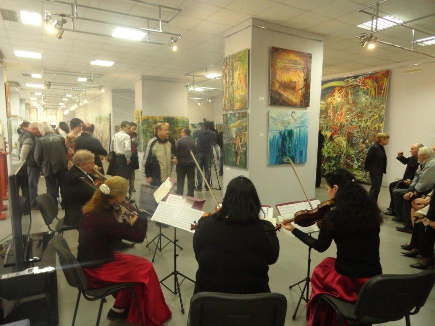 В Мариупольском центре современного искусства выставили картины, спасенные из плена ДНР (ФОТОРЕПОРТАЖ), фото-12