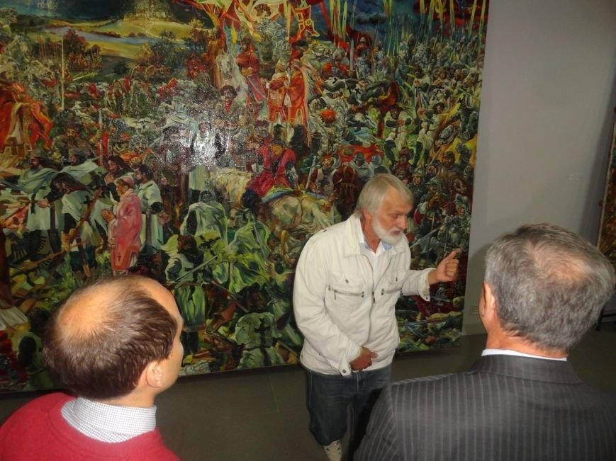 В Мариупольском центре современного искусства выставили картины, спасенные из плена ДНР (ФОТОРЕПОРТАЖ), фото-4