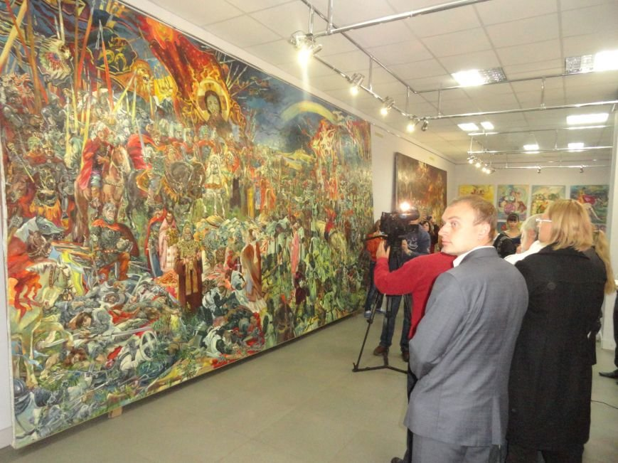 В Мариупольском центре современного искусства выставили картины, спасенные из плена ДНР (ФОТОРЕПОРТАЖ), фото-5