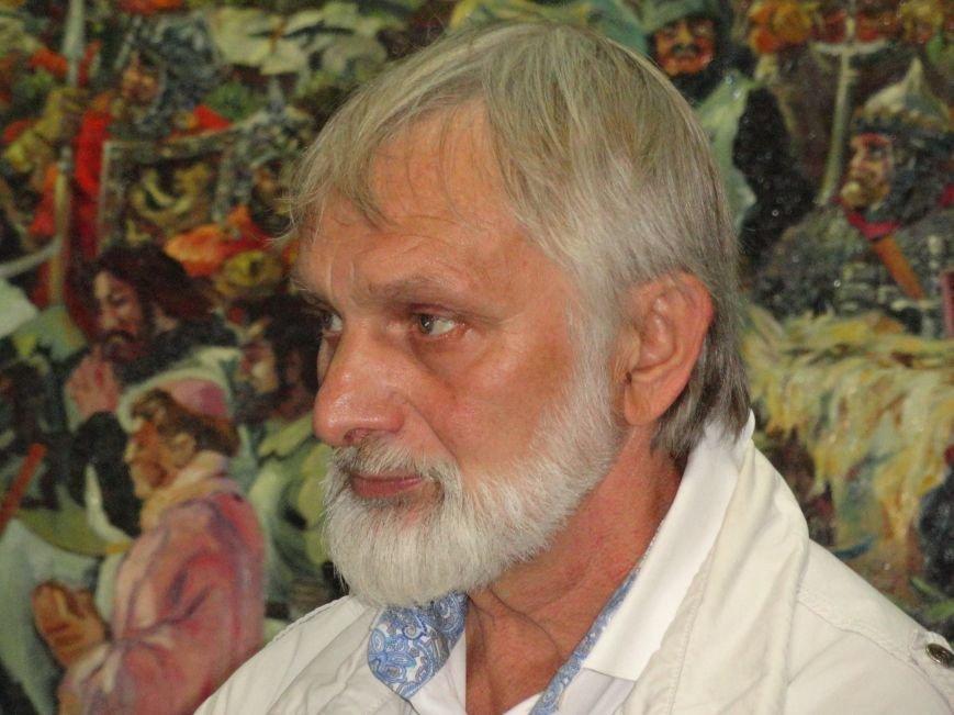 В Мариупольском центре современного искусства выставили картины, спасенные из плена ДНР (ФОТОРЕПОРТАЖ), фото-1
