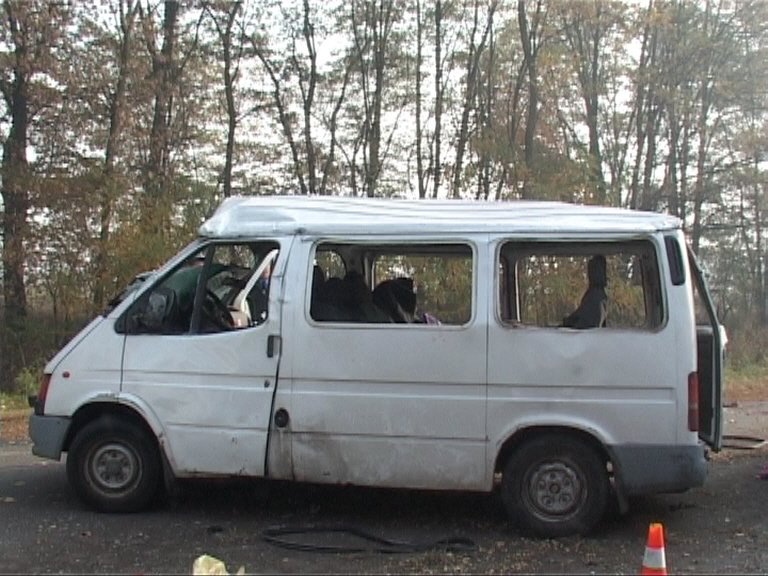 В ДТП под Черниговом пострадали четыре иностранца, фото-2