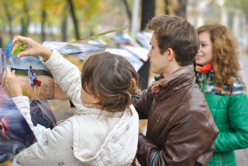 Мариупольцы обменялись фотографиями в Городском саду (ФОТО), фото-4