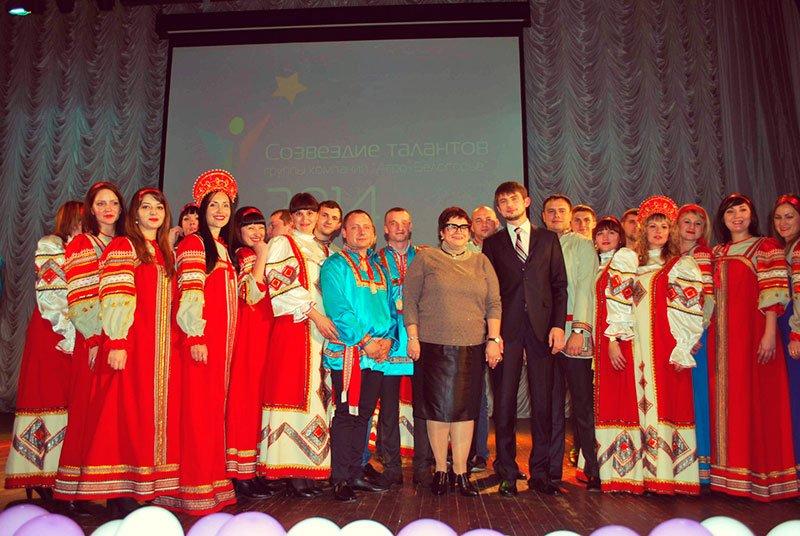 Генеральному директору «Агро-Белогорья» на день сельхозработника подарили ёлку, фото-1