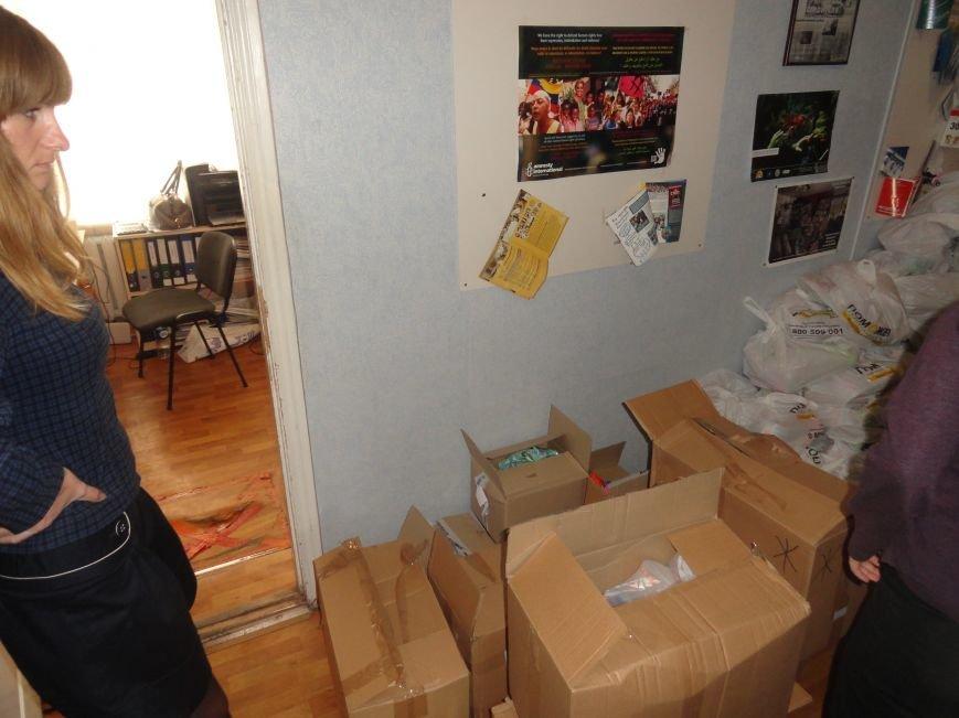 Международная организация передала гуманитарную помощь в Мариуполе (ФОТОРЕПОРТАЖ), фото-6