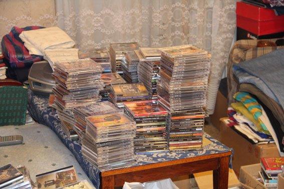 У черниговского «пирата» при обыске изъяли 1800 DVD, фото-4