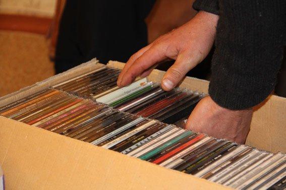 У черниговского «пирата» при обыске изъяли 1800 DVD, фото-2