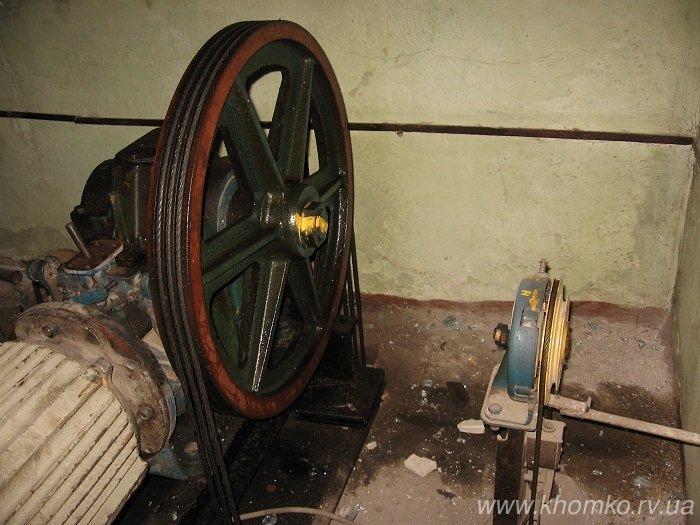 У Рівному невідомі викрали ліфтове обладнання (Фото), фото-1