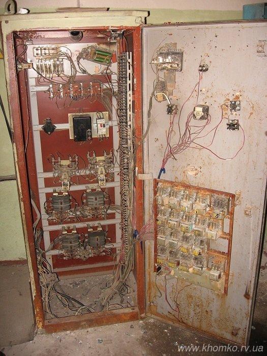У Рівному невідомі викрали ліфтове обладнання (Фото), фото-2