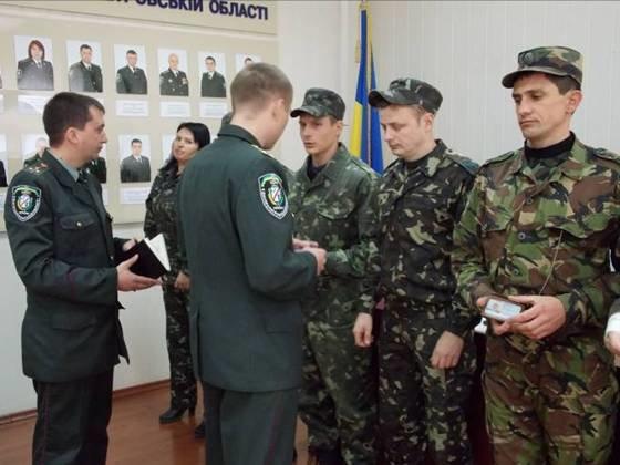Сотрудник Криворожской исправительной колонии стал лучшим в области инспектором охраны (ФОТО), фото-5