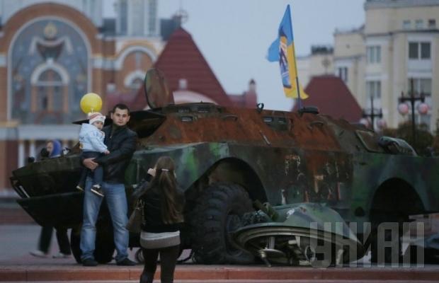 В Киев привезли трофеи боевиков из Мариуполя (ФОТО), фото-5
