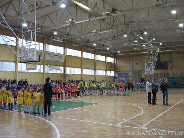 У центральному спорткомплексі Рівного урочисто презентували оновлений ігровий зал (Фото), фото-10