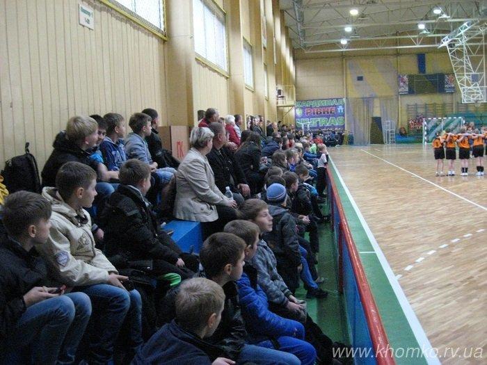 У центральному спорткомплексі Рівного урочисто презентували оновлений ігровий зал (Фото), фото-8