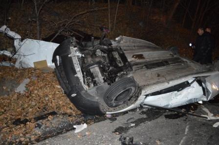 У Рівному стикнулося 3 авто: троє людей загинуло (Фото), фото-2