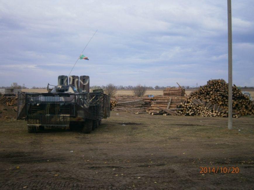 Криворожские волонтеры привезли помощь разведчикам 17 танковой и «проведали» БТР, который ремонтировали всем городом (ФОТО), фото-5
