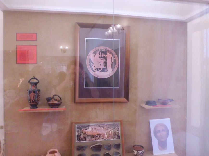 Во Дворце Алфераки в Таганроге прошла презентация  новой выставки, фото-1