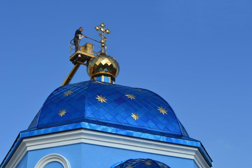 В Димитрове освятили и установили Крест на храм, строительство которого инициировал Виталий Ключка, фото-3