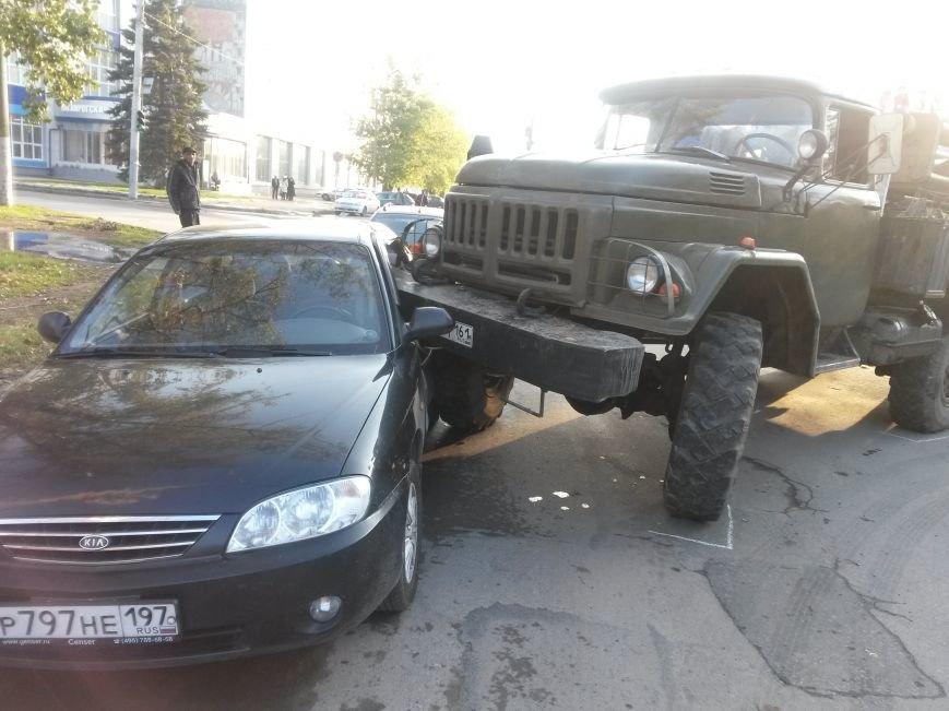В Таганроге, на Б.Бульварной произошла авария (Фото), фото-3