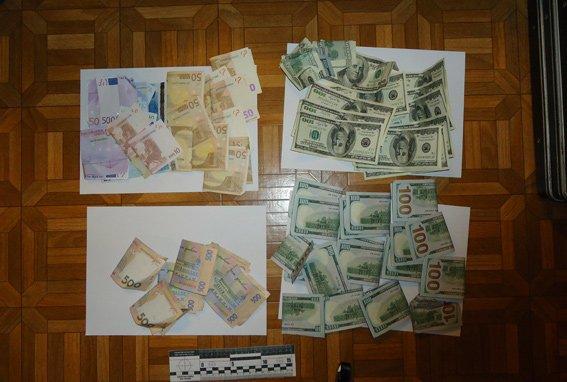 В Днепропетровске сотрудники УБОП задержали троих мужчин, которые похитили $200 тыс, фото-2