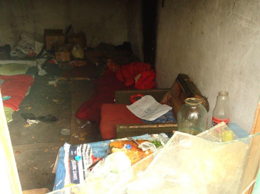Фотопятница: Мариупольские дома-призраки. История исчезновения, фото-36