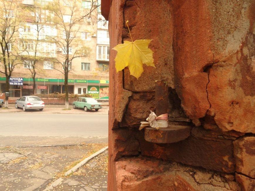 Фотопятница: Мариупольские дома-призраки. История исчезновения, фото-46