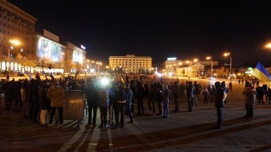 Марш «Последнего сопротивления старой власти» в Харькове: мусорные баки и сожжение агитационных листовок (фото+видео), фото-5
