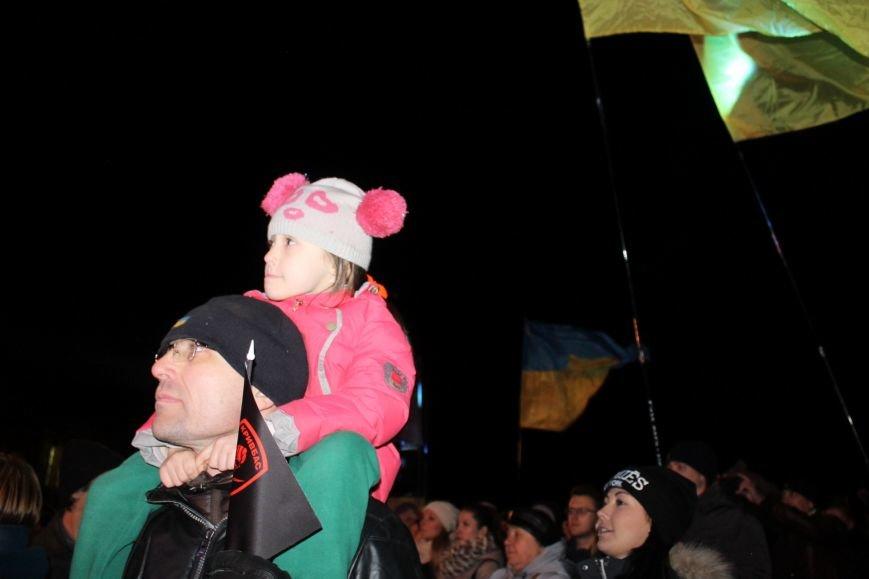 В Кривом Роге состоялась премьера песни Анастасии Приходько «Герої не вмирають!» (ФОТО), фото-8