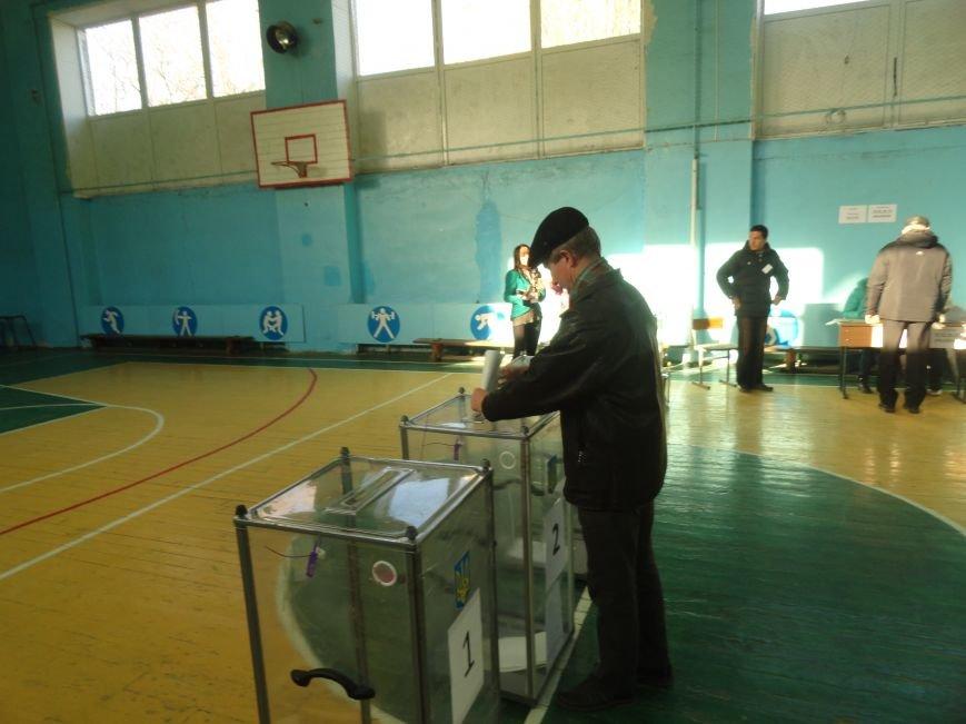 В Мариуполе начались выборы (ФОТОРЕПОРТАЖ), фото-8