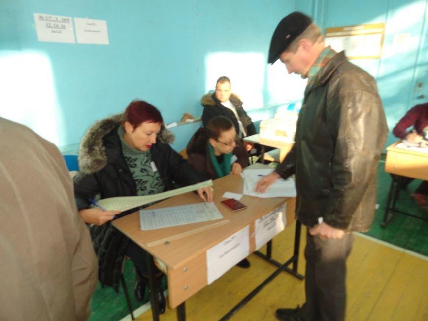 В Мариуполе начались выборы (ФОТОРЕПОРТАЖ), фото-6