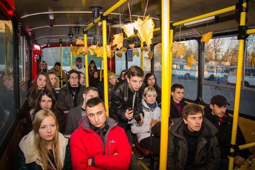 Рівняни провели вечір у тролейбусному ДЕПО (Фото), фото-1