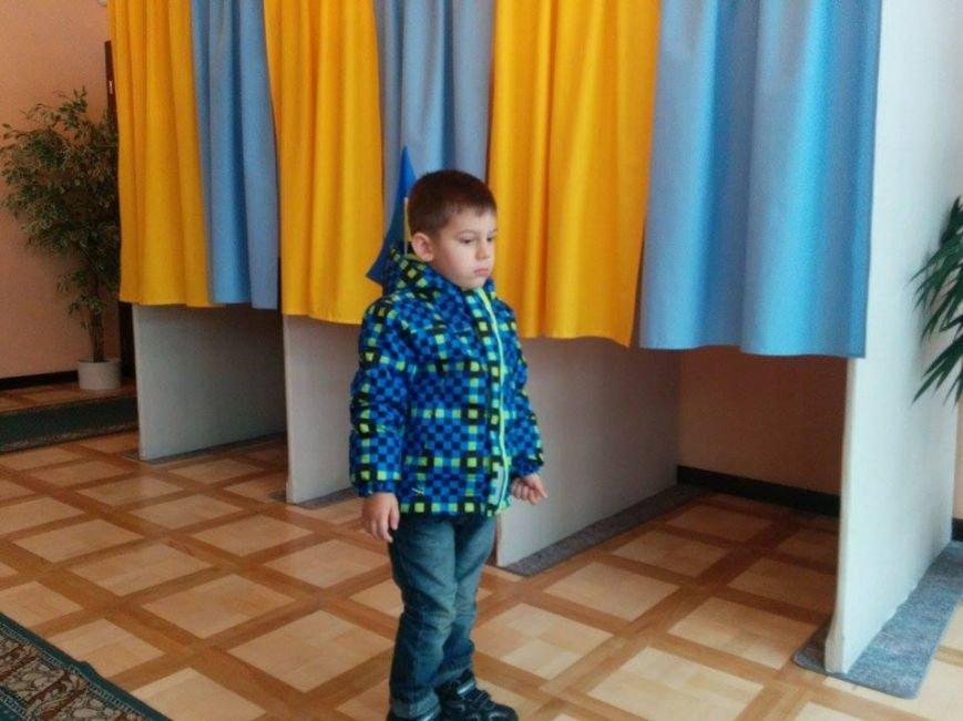 Фотофакт:  Мариупольцы проголосовали в Братиславе, фото-2