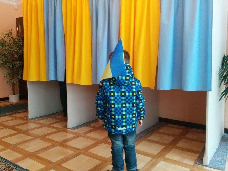Фотофакт:  Мариупольцы проголосовали в Братиславе, фото-3