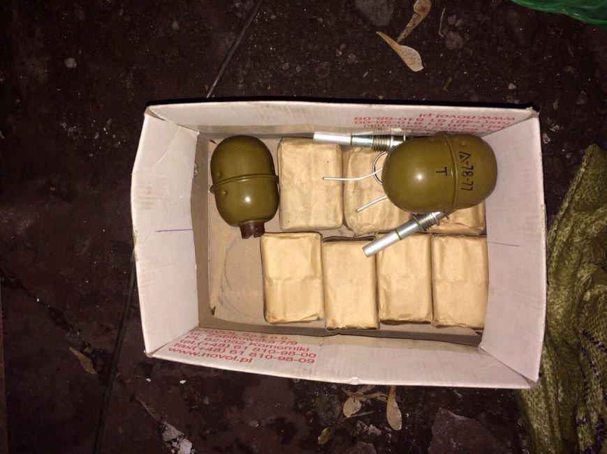 В Мариуполе СБУ задержала диверсантов, планирующих подрыв зданий в день выборов, фото-5
