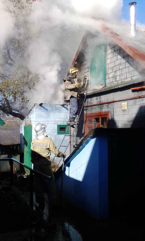 В частном секторе Днепродзержинска произошло 2 пожара, фото-5