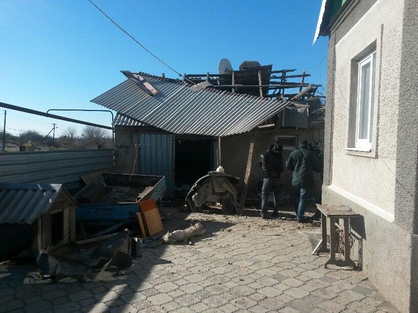 В результате обстрела жительница Талаковки попала в больницу (ФОТОРЕПОРТАЖ), фото-8