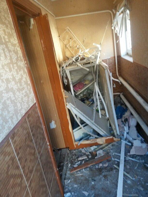В результате обстрела жительница Талаковки попала в больницу (ФОТОРЕПОРТАЖ), фото-1