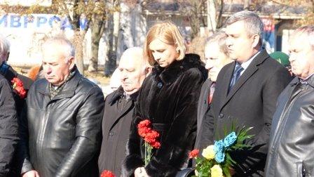 Мариупольцы отметили 70-летнюю годовщину освобождения Украины  (ФОТО), фото-8