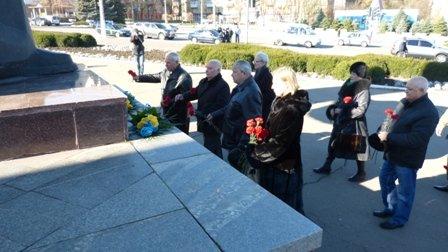 Мариупольцы отметили 70-летнюю годовщину освобождения Украины  (ФОТО), фото-5