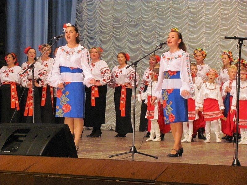 Студенти СумДУ взяли участь у Міжнародному фестивалі фольклору та інструментальної музики «Золота скарбничка» (ФОТО), фото-4